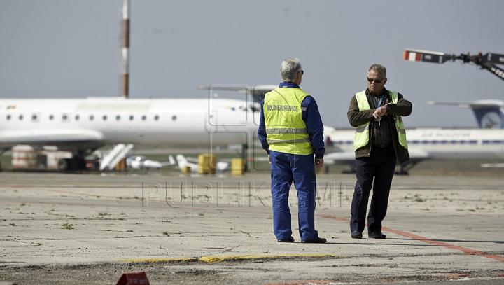 La un pas de TRAGEDIE! Un avion din România a ATERIZAT DE URGENŢĂ în Suedia