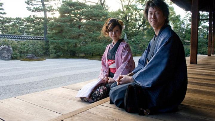 Modificări ULTRAMODERNE în cultura milenară japoneză. Ce nume de familie trebuie să poarte soţii