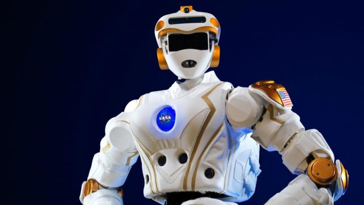 Activitatea astronauţilor nu este una uşoară... NASA educă roboţi pentru a-i trimite pe Marte