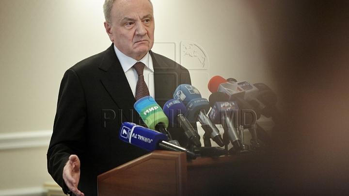 Încep consultările pentru formarea guvernului proeuropean. Preşedintele a fixat locul şi ora