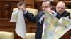 Harta României Mari, ruptă de socialişti în Parlament. REACŢIA DURĂ a unioniştilor din Moldova (VIDEO)