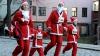 Moşi Crăciuni, buni la suflet! Sute de tineri au participat la o cursă în scop caritabil la Moscova