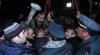 VIOLENŢE la Erevan. Armenii, împotriva organizării unui referendum pentru modificarea Constituţiei