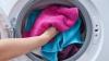 Greşeli frecvente când spălăm rufele. Ce obiceiuri greșite le distruge mai repede