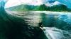 Show de zile mari în Hawaii. Surferii au încălecat valuri înalte de 15 metri