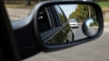 Accidentele pot fi evitate! Invenţia ce i-ar ajuta pe şoferi să observe maşinile aflate în unghiuri oarbe