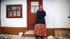 Violatorii din satul Ţibirica au dat o nouă lovitură. Ce faptă obscenă i-au făcut unei bătrâne