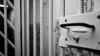 Nu e o glumă! O eroare de software a eliberat 3.200 de prizonieri