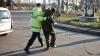 Un șofer a urcat beat la volan, s-a luat la harţă cu poliţiştii și a agresat echipa Publika TV