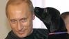 I-a scris preşedintelui rus şi... Putin i-a dăruit un căţel (FOTO)