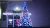 Magia sărbătorilor a pus stăpânire pe satele din Moldova! Mai multe localități au instalat pomi de Crăciun