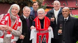 Ajax Amsterdam, aproape de fanii săi. Fotbaliştii au făcut surprize suporterilor devotați și le-au îndeplinit dorințele