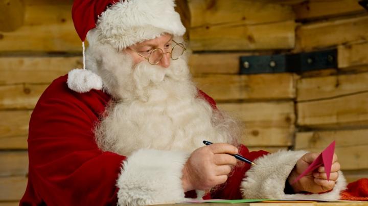 Un soţ iubitor sau mărire de salariu. Ruşii au trimis scrisori lui Moş Crăciun