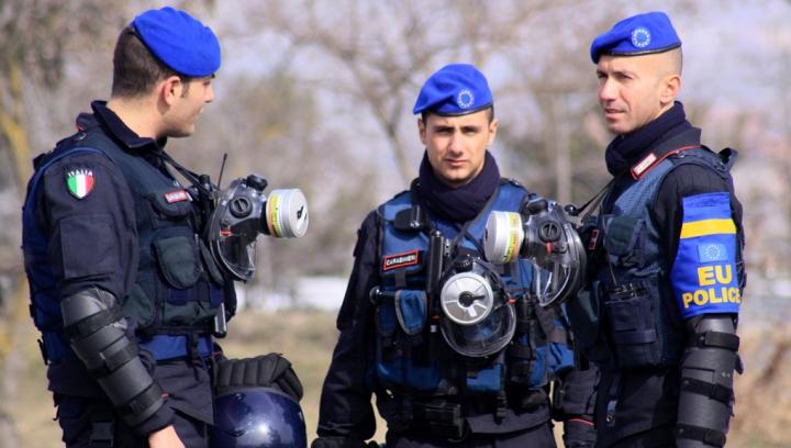 """""""Afacerişti"""" moldoveni, reţinuţi în Italia. Business-ul lor nu a fost pe placul poliţiştilor"""