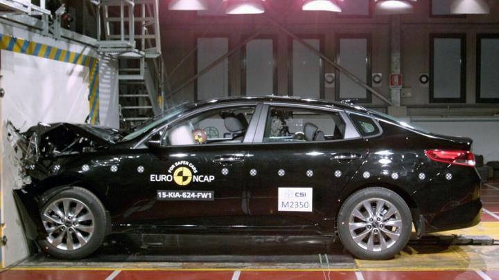 Teste EuroNCAP: Două din 15 automobile au dezamăgit specialiştii (VIDEO)