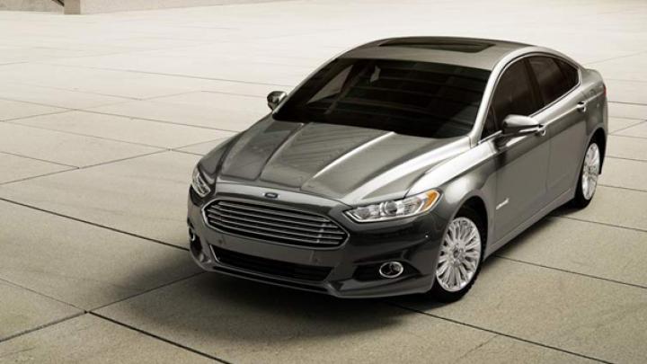 Încă un pas spre revoluţie: Ford începe anul viitor testele cu maşini autonome