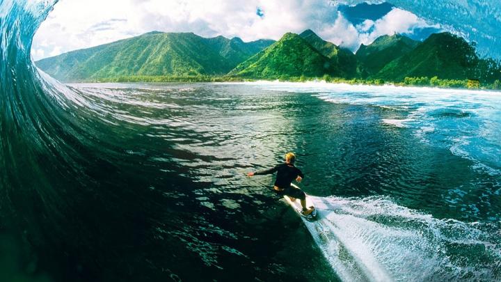 Filipe Toledo a câştigat etapa a cincea a Mondialului de surfing