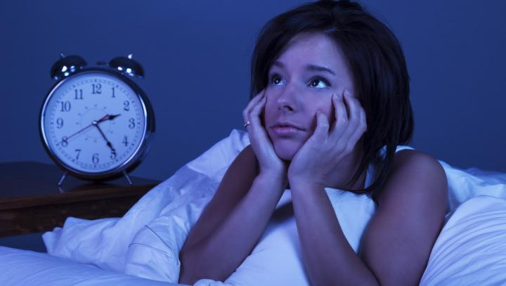 Trebuie să știi asta! Cum tratăm insomnia. Sfaturile medicului