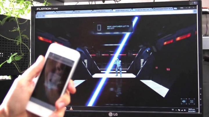 Veste bună pentru fanii Star Wars! Îşi pot transforma telefonul într-o sabie laser