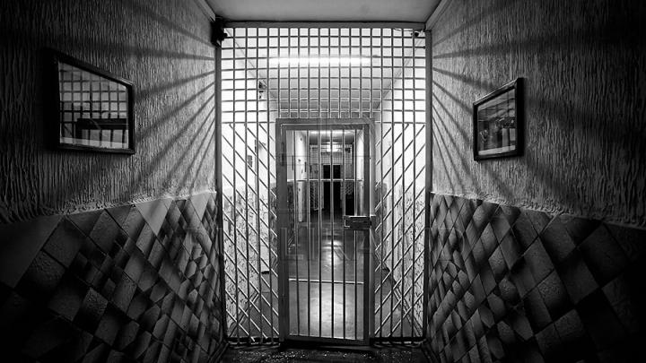 Ex-şeful Biroului de probaţiune Botanica şi subalternul său, CONDAMNAŢI la ani grei de închisoare