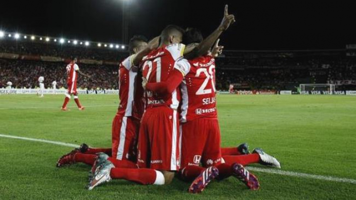 Santa Fe a câştigat Cupa Americii de Sud. A făcut praf formaţia Huracan