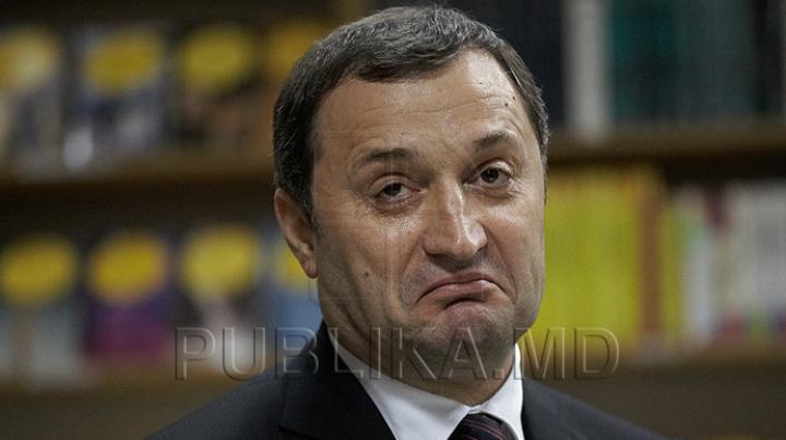 Vlad Filat a renunțat la greva foamei. Care este starea de sănătate a deținutului