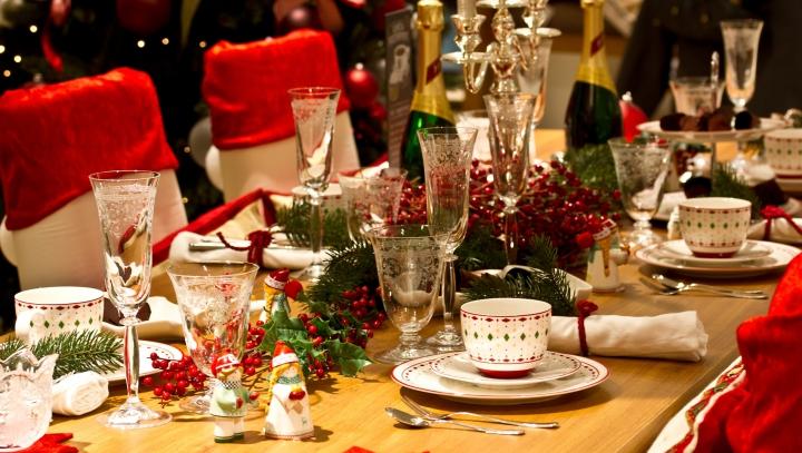 Reguli de etichetă de Crăciun. Cum să te comporți atunci când ai oaspeți sau mergi în vizită