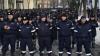 (FOTO) O garnizoană întreagă în faţa Reşedinţei de Stat. Nimeni nu ştie CE SE ÎNTÂMPLĂ