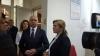 Pavel Filip şi Ruxanda Glavan au vizitat pacienta moldoveancă internată în Spitalul de Arși din București (FOTO)