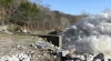 NO COMMENT: Imagini impresionante de la evacuarea surplusului de apă dintr-un lac (VIDEO)