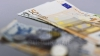 CURS VALUTAR 6 ianuarie 2016: Cât costă un euro și un dolar