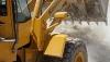 INCREDIBIL! Un buldozer a dărâmat un spital CU TOT CU PERSONAL ŞI MORŢII DIN MORGĂ