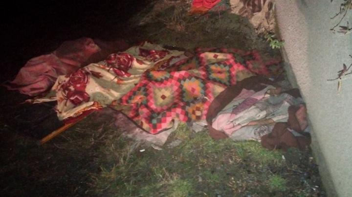 PRIMELE IMAGINI de la incendiul devastator din satul Trinca, unde ȘASE OAMENI AU ARS DE VII (VIDEO)