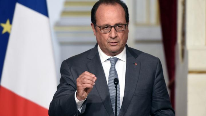 Hollande: Coaliția internațională va accelera ritmul loviturilor aeriene împotriva organizației Statul Islamic