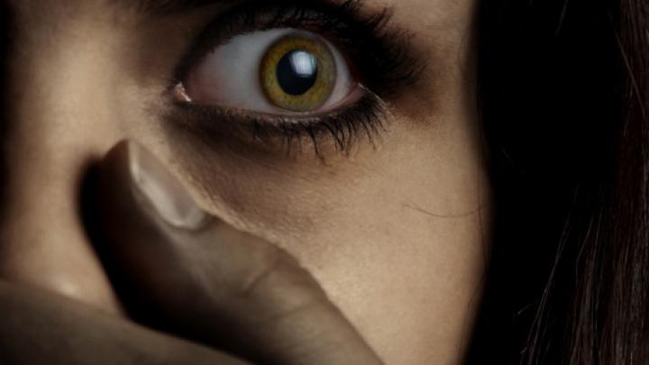 Unul din 10 oameni suferă de această afecţiune. Medicii nu au reuşit să identifice cauza exactă