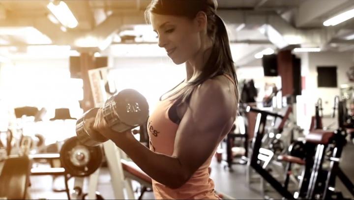 Ştii cum să mănânci după ce faci sport? Cursuri speciale la o şcoală de fitness din Chişinău