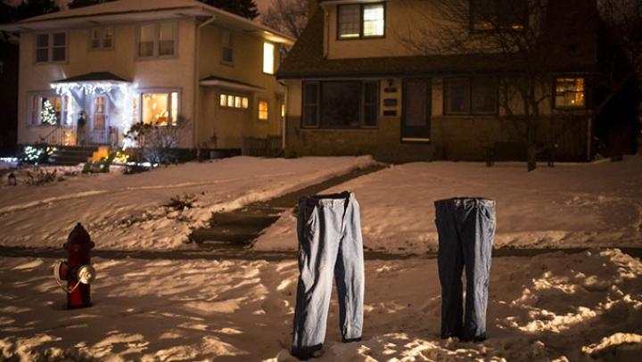 """""""E atât de frig încât fantomele au început să poarte pantaloni!"""" INCREDIBIL cum se amuză americanii"""