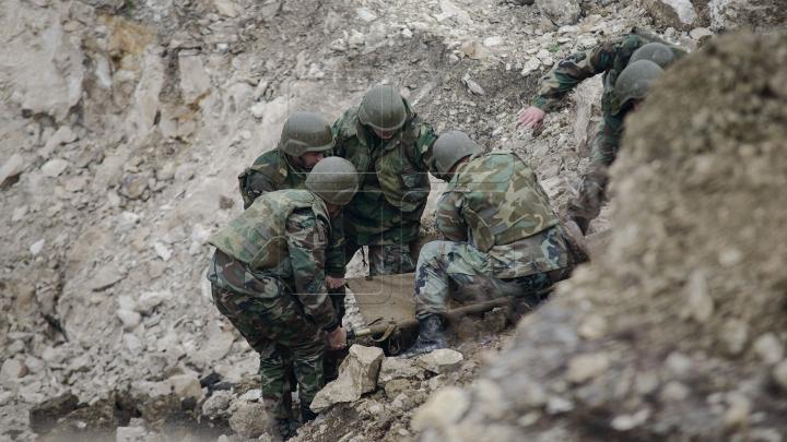 Geniştii militari au lichidat peste 600 de obiecte explozive în 2015