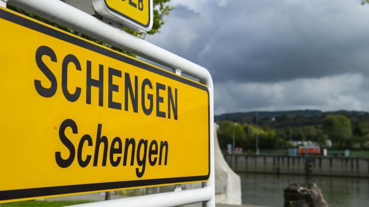 Verificări la frontierele din interiorul Spaţiului Schengen? Decizia va fi luată luni la Amsterdam