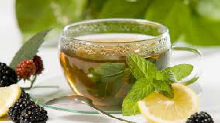Mituri şi prejudecăţi despre ceaiul verde. Recomandările specialiştilor