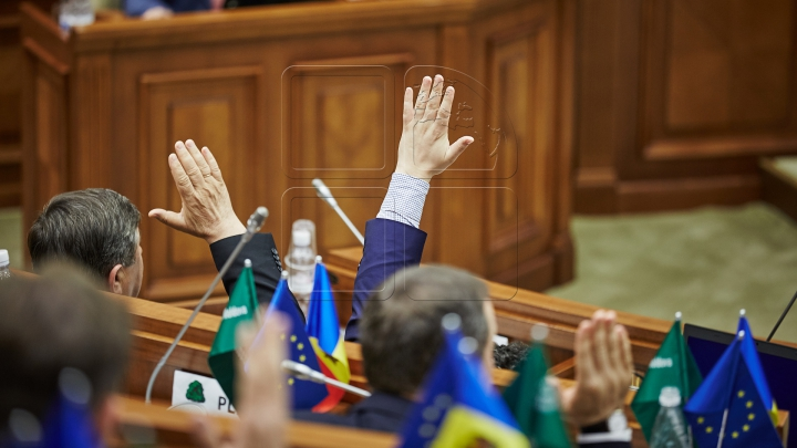 Deputat PLDM: Mi-am dat votul pentru ca Moldova să se mişte înainte