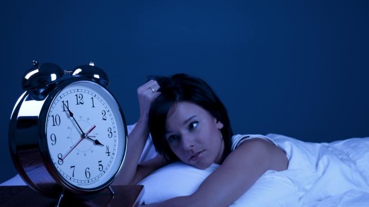 Adormi greu sau suferi de insomnie? Recomandare utilă şi simplă pentru un somn liniştit