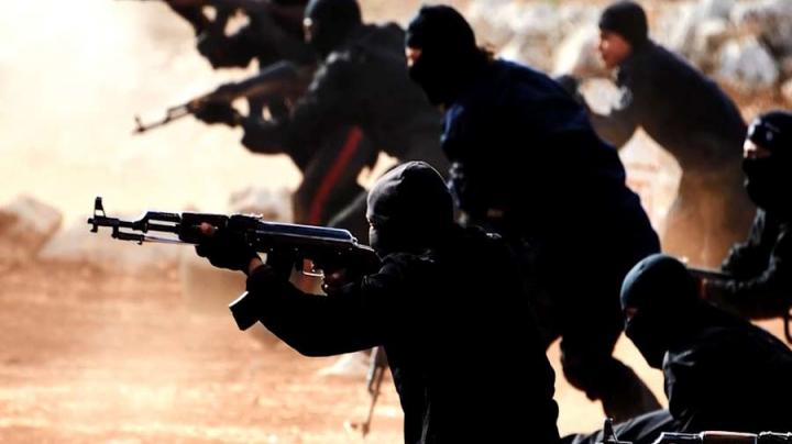 Statul Islamic a atacat cel mai mare terminal petrolier din Libia. Forţele aeriene, nevoite să intervină