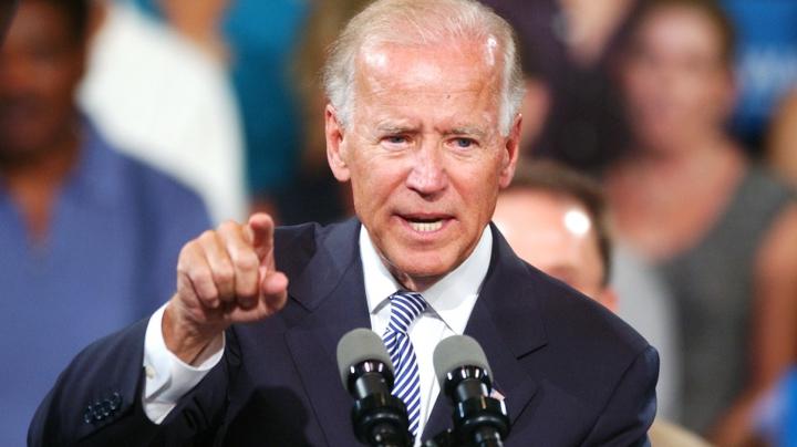 Joe Biden a încurcat, în timpul unui discurs, cifrele militarilor americani care au murit de coronavirus