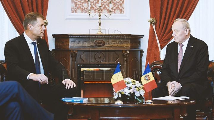 Timofti a avut o convorbire telefonică cu Iohannis. Discuţiile dintre cei doi lideri de stat