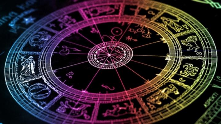 Horoscop: Descoperă ce-ți rezervă astrele în prima săptămână din anul 2016