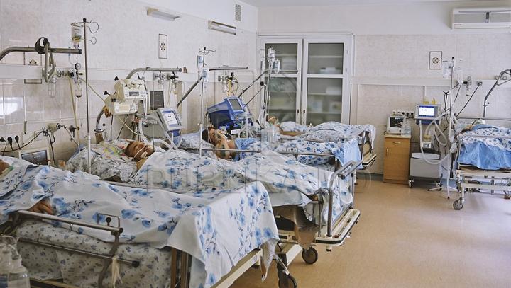 Un bărbat din Căuşeni, internat la spital după ce s-ar fi intoxicat cu monoxid de carbon