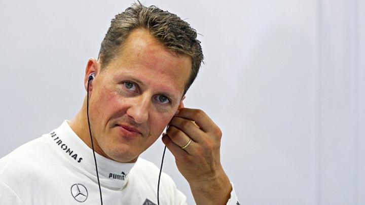 Să-i urăm la mulţi ani pilotului Michael Schumacher. Câţi ani a împlinit şi cum se simte la moment