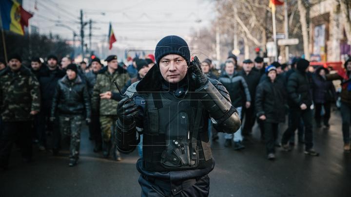 A doua zi de proteste în Chișinău. Usatîi, Dodon şi Năstase s-au unit (FOTOREPORT)