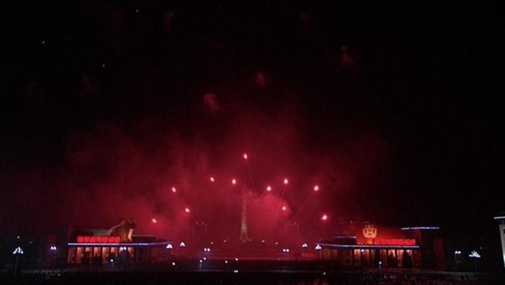 Revelionul încă nu s-a încheiat. Coreea de Nord a amânat cu o zi artificiile de Anul Nou pentru că ... a fost ceață